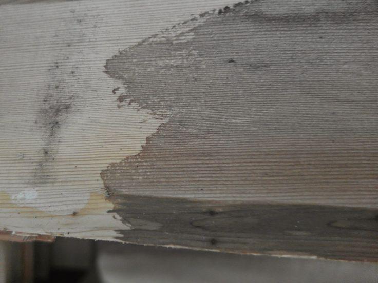 Zelf Oude Keuken Opknappen : Vurenhout links kaal..rechts behandeld met eigengemaakte beits van
