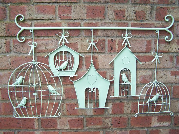 NEW LARGE METAL HANGING BIRDCAGE AND BIRDHOUSE WALL ART