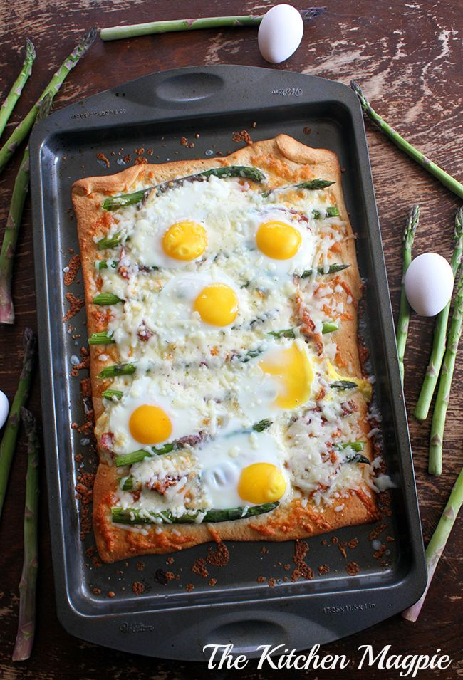 Capicollo, Egg and Asparagus Breakfast Pizza | From The Kitchen Magpie #recipes #dinnerideas #breakfast