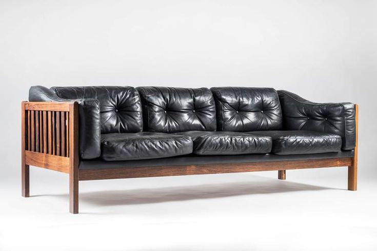 """Scandinavian Rosewood and Black Leather Sofa """"Monte Carlo"""", 1965 2"""
