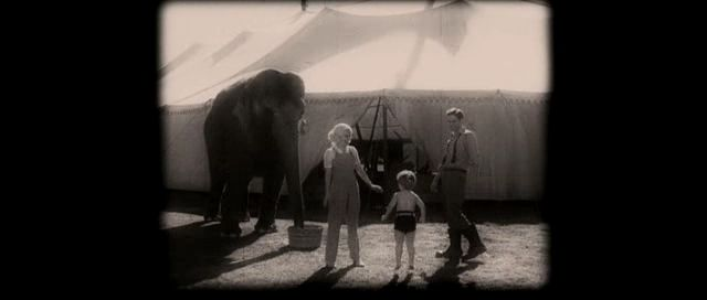 Rose and Jacob family ( Water for elephants ( movie )