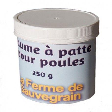Une Idée pour nos animaux :  Baume à l'huile de cade pour la gale des pattes des poules Baume de soin naturel à l'huile de cade et argile verte pour la maladie de la gale des poules. L'huile de Cade est très employée pour lutter contre la gale, mais aussi en complément de traitements fongicides et antiseptiques, ou plus simplement comme répulsif, du fait de sa forte odeur.Très efficace contre les poux et poux rouges.L'argile verte possède de nombreuses propriétés qui en font un excellent…