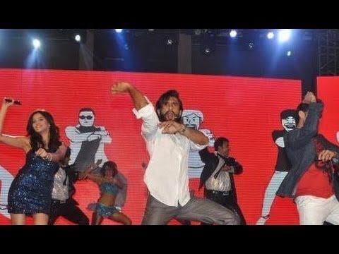 Ranveer Singh's New Gangnam Style