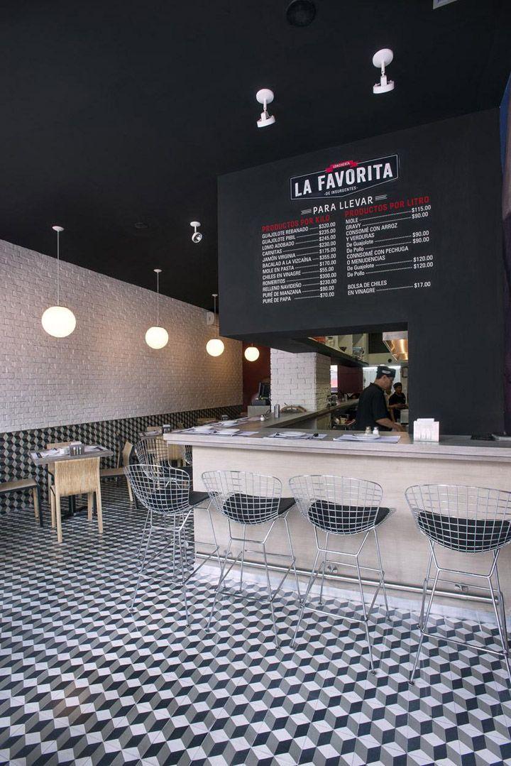 Restaurante La Favorita en DF. Nos encanta su piso y la combinación de texturas…
