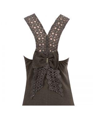 Φόρεμα μακρύ σε χακί χρώμα.