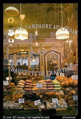 Pain de Campagne au Levais, Paris.