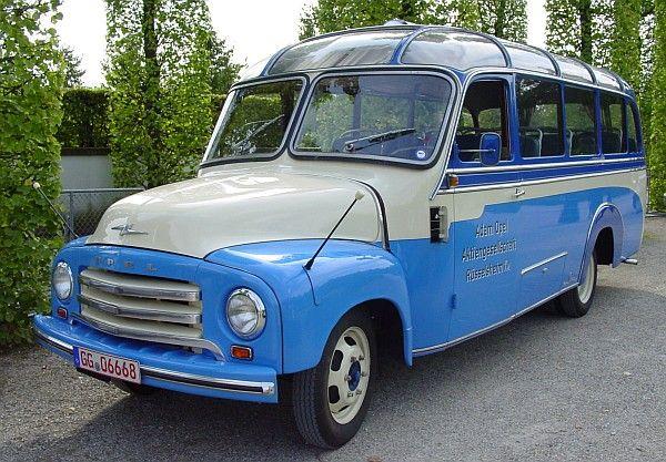 1957 Opel Blitz Panoramabus,