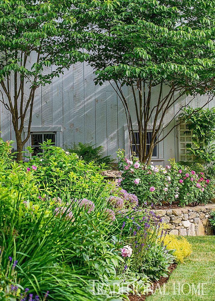 295 best gardens images on pinterest autumn garden for Traditional garden buildings