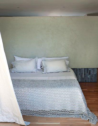 La colcha del cuarto principal fue hecha por la casera de toda la granja, artesanalmente.
