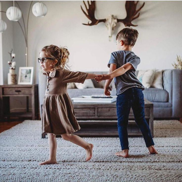 More dancing is on our resolution list too! Thanks to @blondecoffeebean for the photo.  Featured: Moose skull decor Hugo rug Lantern 3 floor lamp Melbourne table collection