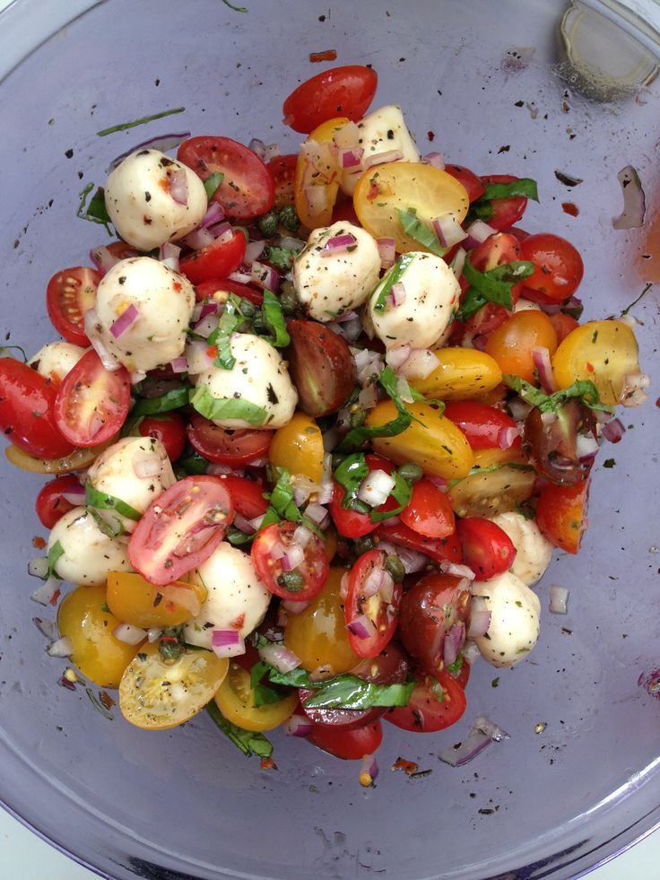 Cherry Tomato and Mozzarella Salad (1pint cherry toms, 1cup marinated ...