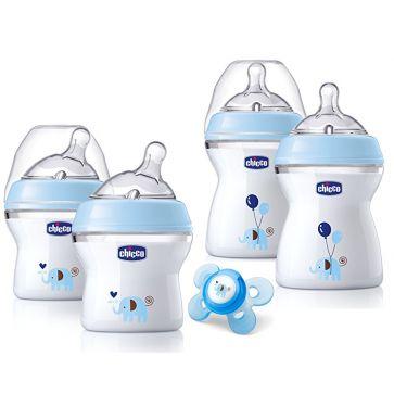 Kit com 4 Mamadeiras Chicco Natural Fit Newborn Anti Cólica, Anti Vazamento e Sem BPA + 1 chupeta - Azul  omemore a excitação e a felicidade da família crescente com um conjunto de presente Chicco Natural Fit Newborn.
