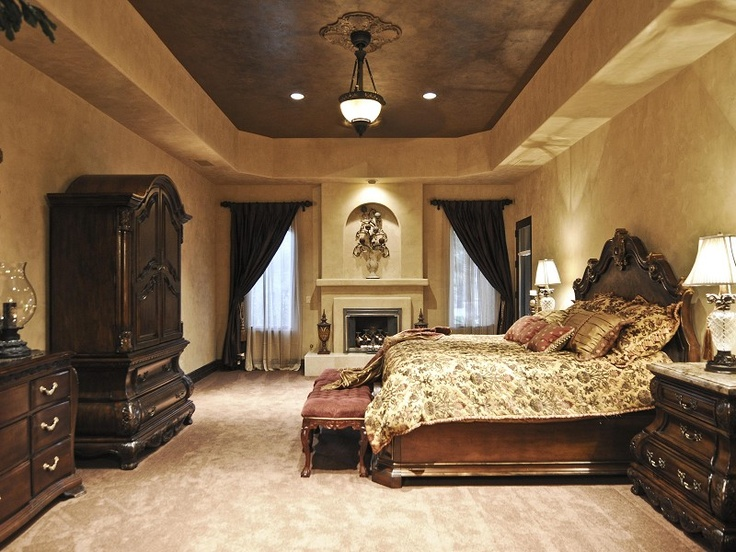 Luxurious Master Bedroom Suite in Paradise Valley Arizona ...