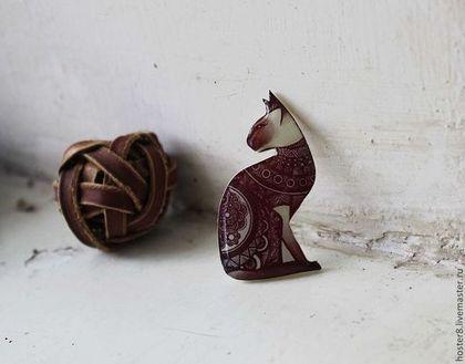 """Броши ручной работы. Ярмарка Мастеров - ручная работа. Купить Брошь """"Бордовая кошка Сфинкс"""" (0104). Handmade.…"""