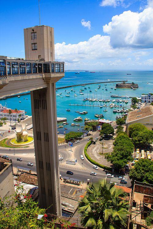 Elevador Jorge Lacerda  (Da Cidade alta para a Cidade baixa) - Salvador - Bahia