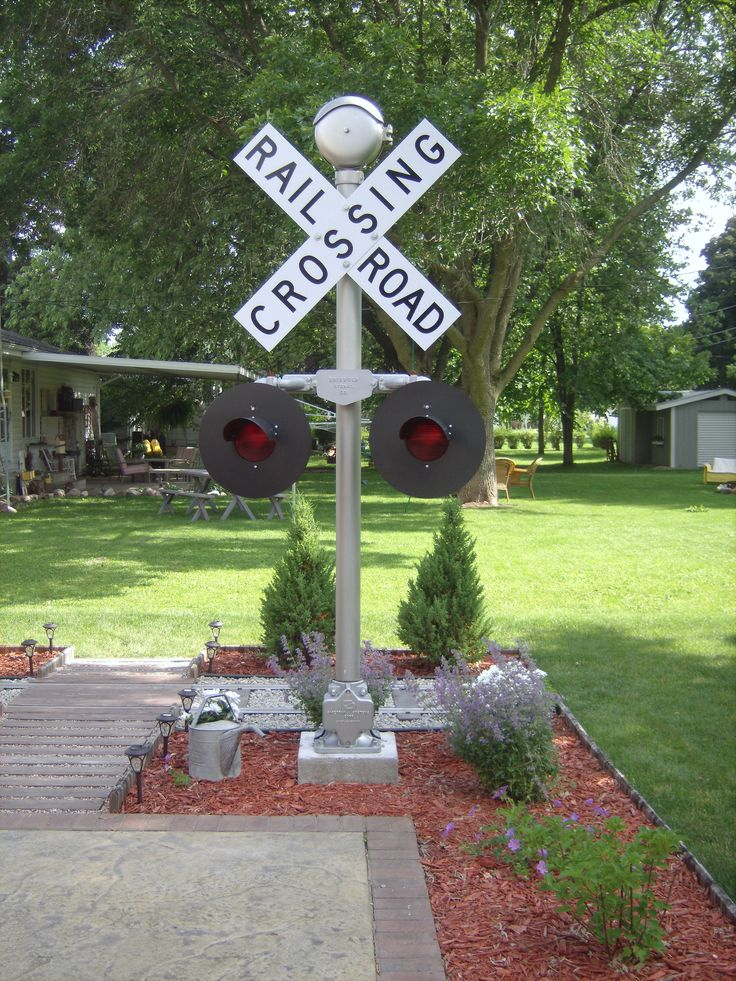 17 Best Images About Railroad Themed Garden On Pinterest