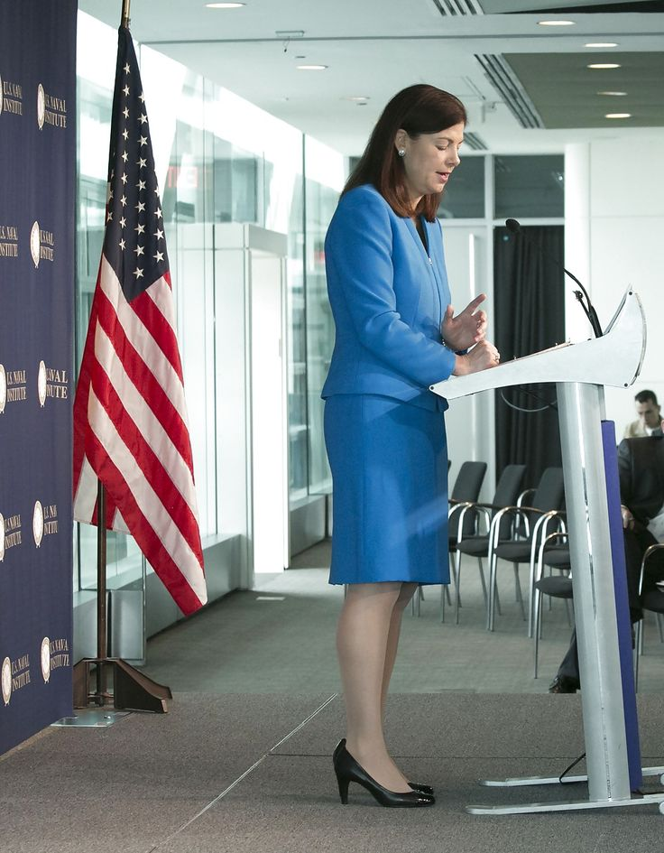 http://www.pictoa.com/albums/love-jerking-off-to-conservative-kelly-ayotte-1406284/25308103.html
