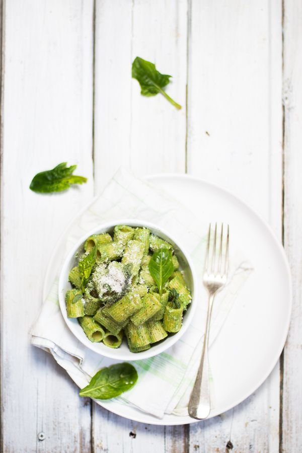 Mezze maniche con crema di ricotta e spinaci per Taste&More Magazine n.19 | Smile, Beauty and More
