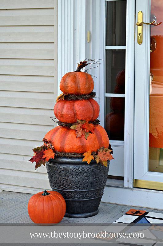 diy outdoor real looking pumpkins - Super Cheap Halloween Decorations