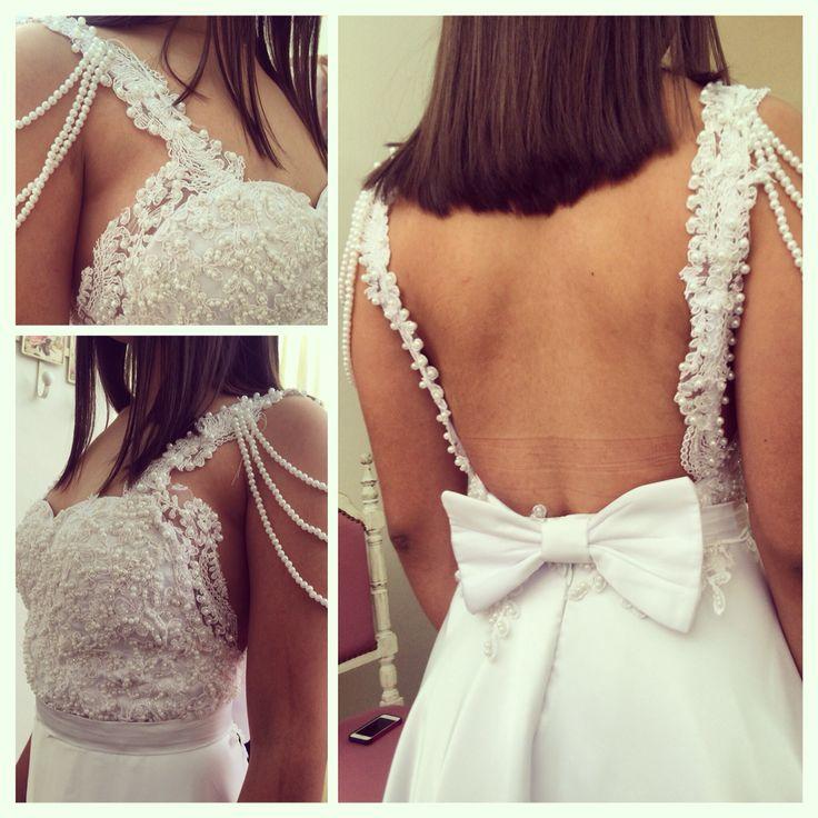 Detalles del vestido de nuestra Clienta Dahiana gaona #perlas #Encaje #bordado