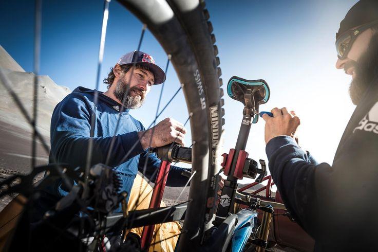 Scoprite tutto sulla bici che Max Stöckl ha usato per battere il record di velocità in discesa