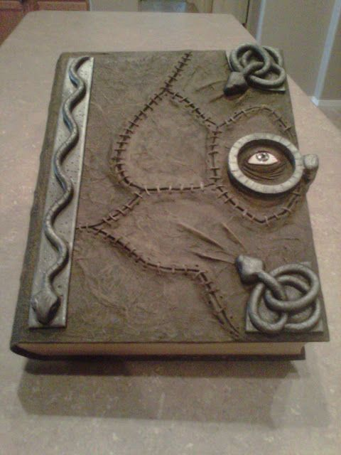 102 Wicked Things To Do: Search results for hocus pocus book....MUST MAKE THIS!!!!