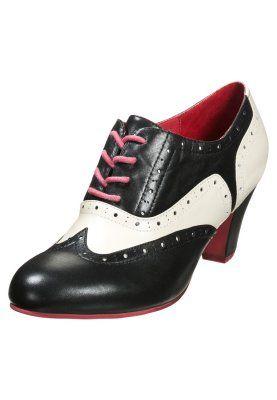 Schoenen Lola Ramona ELSIE - Veterpumps - Zwart Zwart: 134,95 € Bij Zalando (op 13/11/14). Gratis verzending & retournering, geen minimum bestelwaarde en 100 dagen retourrecht!