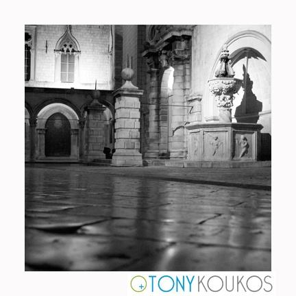 fountain, arches, columns, marble, reflections, night, dubrovnik, croatia, europe, travel, photography, art, Tony koukos, Koukos
