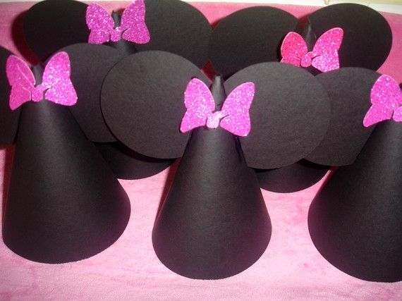 Minnie Mouse Party Hats Quantity 8  by AnnounceYourDay on Etsy,