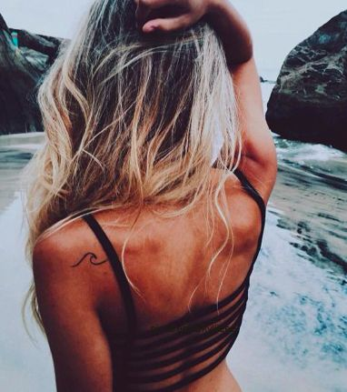 Love this wave tattoo! Tattoo placement - Left back or ribcage