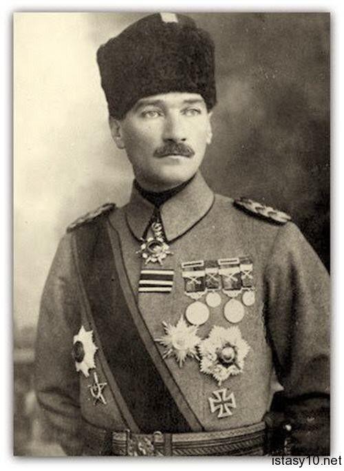 Tümgeneral Mustafa Kemal Paşa