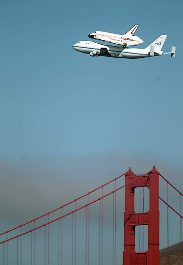 Space Shuttle Endeavour making it's final flight over the Golden Gate Bridge en route to the California Science Centre in LA, 9/21/12