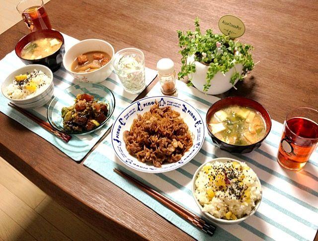 さつまいもご飯、甘くて美味し〜! (o^^o) - 29件のもぐもぐ - さつまいもご飯、牛肉と糸こんにゃくの甘辛煮、鮪とアボカドの海苔和え、厚揚げのお味噌汁、イカたこ天と大根の煮物、春雨ハムサラダ by pentarou