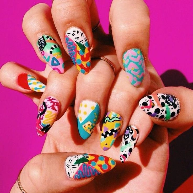 43 Splendid Abstract Nail Art Ideas