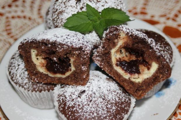 Hrnčekové muffiny s tvarohom a slivkovým lekvárom - recept