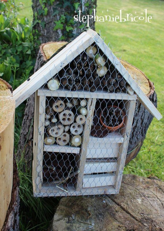Idée créative - Faire soi-même une maison pour les insectes http://www.stephaniebricole.com/archives/2014/06/21/29960131.html