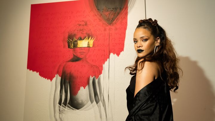 Go behind the scenes at Rihanna's glitzy, artsy cover launch for new album, Anti.