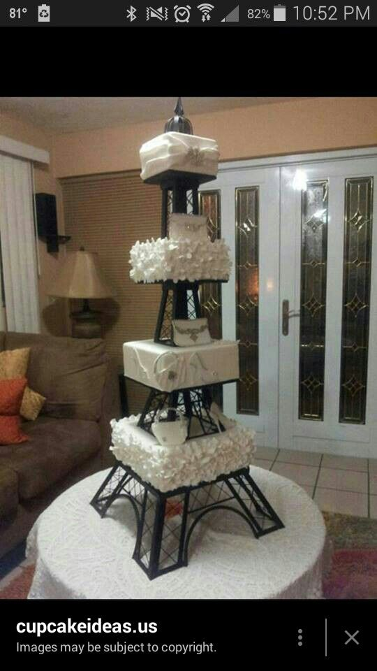 Eiffel tower cake stand