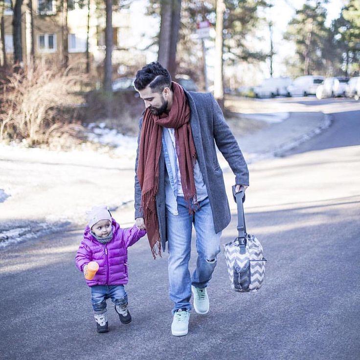 Daddy's little girl  #twistshake #parenthood #father #babygirl #twistshakesunbeam