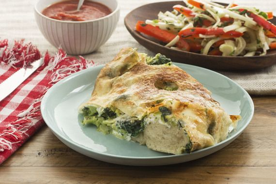 Recipe: Broccoli & Spinach Stromboli with Fennel-Bell Pepper Salad & Tomato Dipping Sauce - Blue Apron