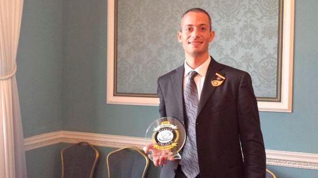 Ha 35 e viene da Alessandria. Leggi chi è il Filippo Mezzaro, incoronato miglior barista italiano 2014 nella finale di Espresso Italiano Champion a Londra. #caffè #espresso #barista
