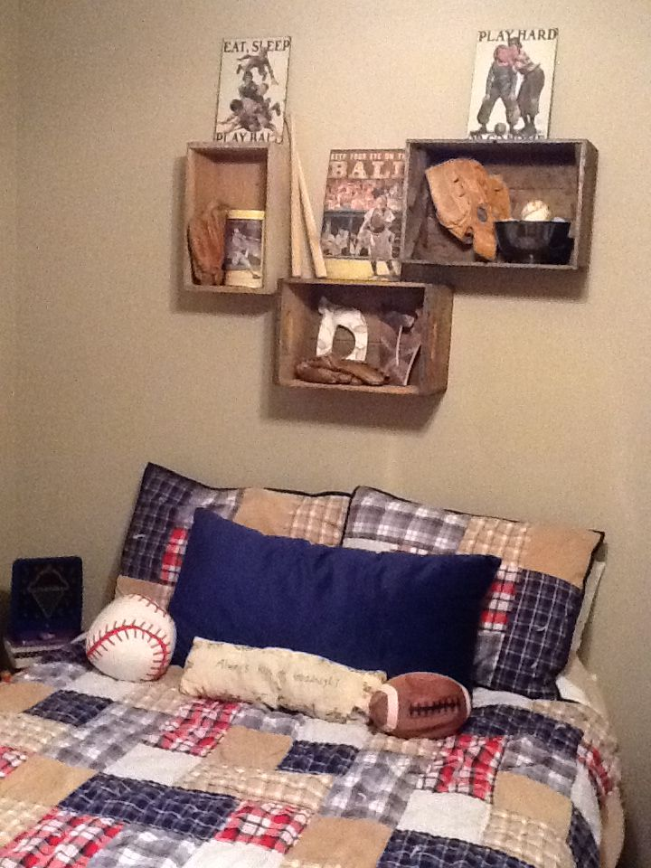 Vintage sports bedroom wall display...I love this ...