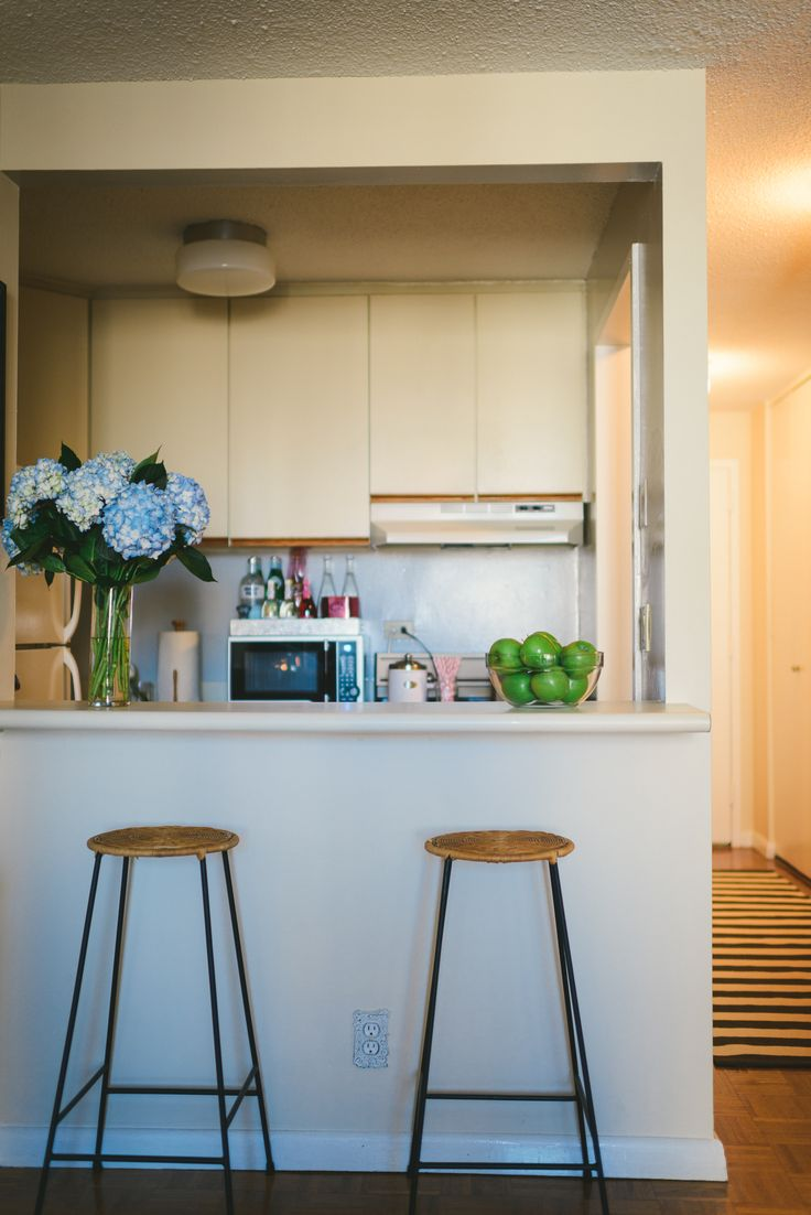 17 best ideas about nyc studio apartments on pinterest tiny apartment decorating studio - Decorating studio apartments on a budget ...