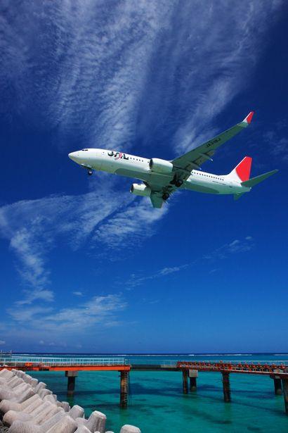 Japan Air Line in Okinawa sky: photo by bigbuild190