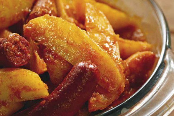 Paprika Potatoes (Paprikás Krumpli) + Weingut Franz & Christine Netzl, Zweigelt Classic 2015