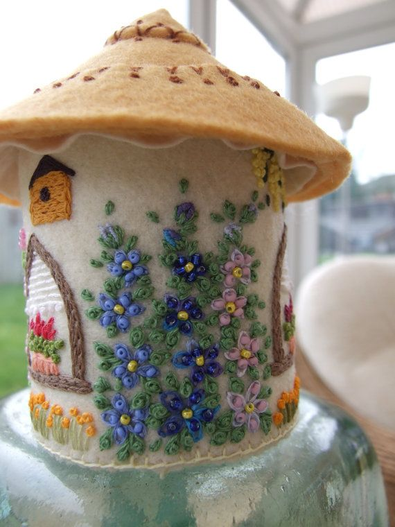 Felt English Country Cottage Ornament / Pin Cushion