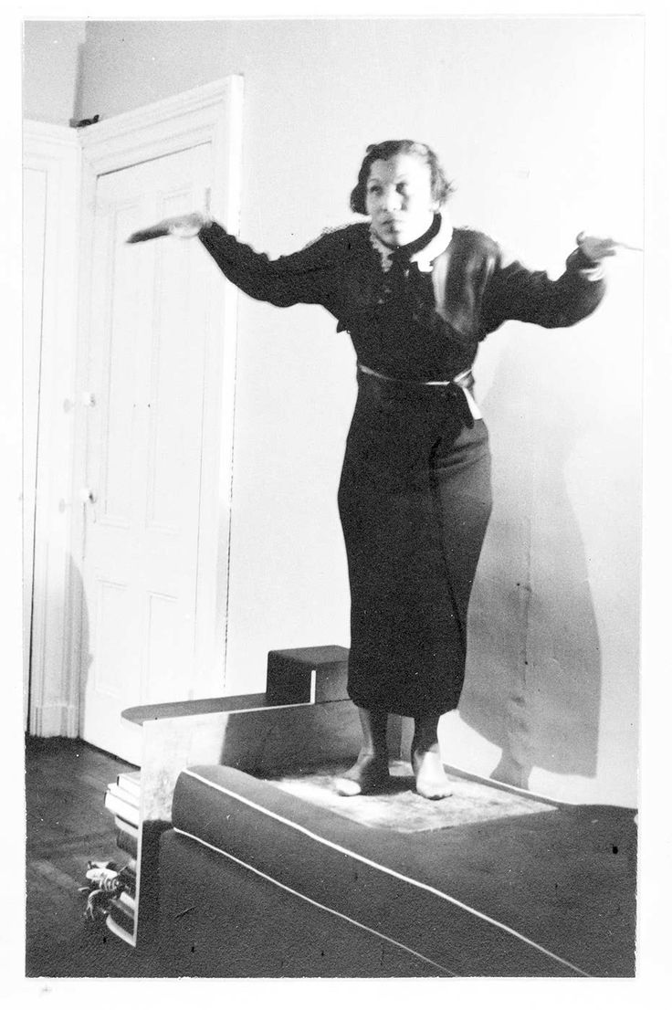 images about zora neale hurston folklore zora neale hurston sings and performs the crow dance