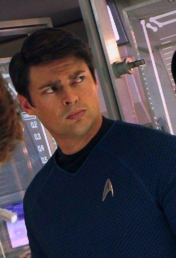 Star Trek - Bones (HIS FACE HAHAHAH)
