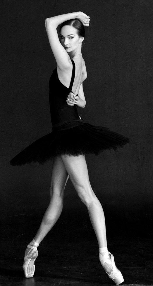 частное фото балерины упаси бог
