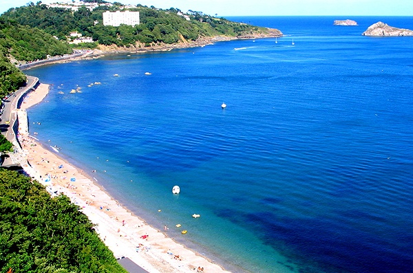 Meadfoot Beach, Torquay just a short drive from Romantic Cottages